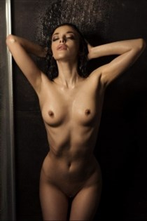 Kaouther, horny girls in Canada - 9576