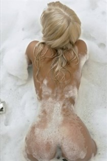 Margot Miu, horny girls in Austria - 14880